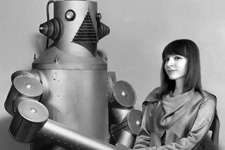 robot Original picture: Hulton  - alienwits | ello