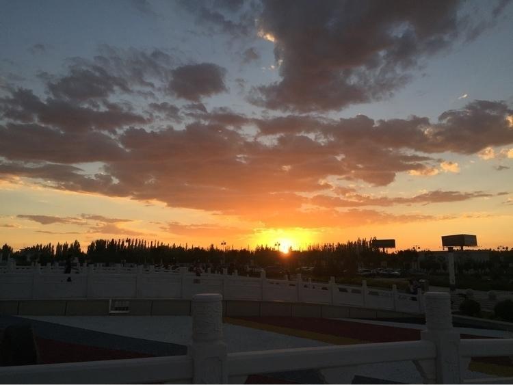 horizon sunset day. ^_^ shot ai - coolphotochic182 | ello