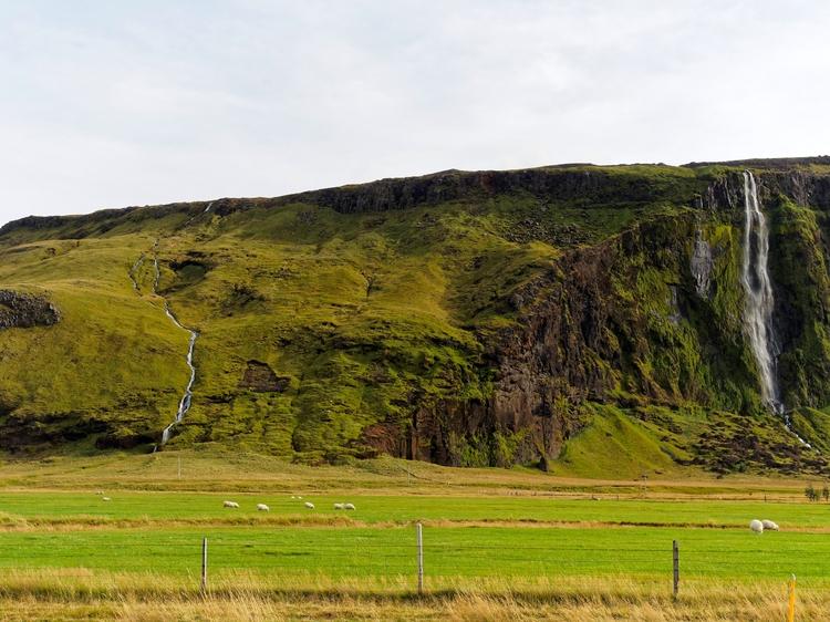 Southern Iceland region Eyjafjo - vikingisaverb | ello