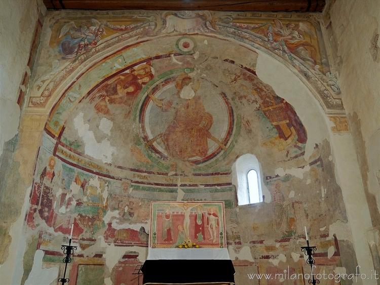 Oleggio (Novara, Italy): Vault  - milanofotografo | ello