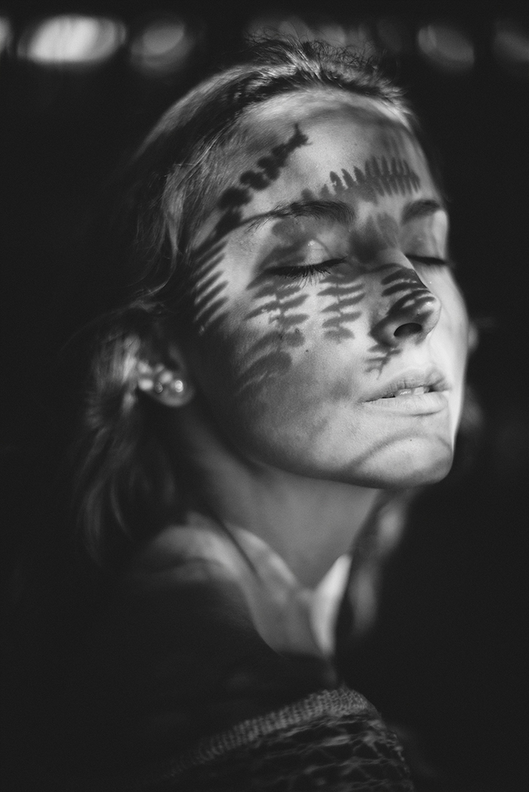 Photographer:Jean-Francois Mas - darkbeautymag | ello