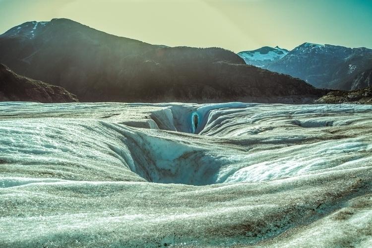 Meade Glacier Skagway, Alaska.  - himynameisjimmy   ello