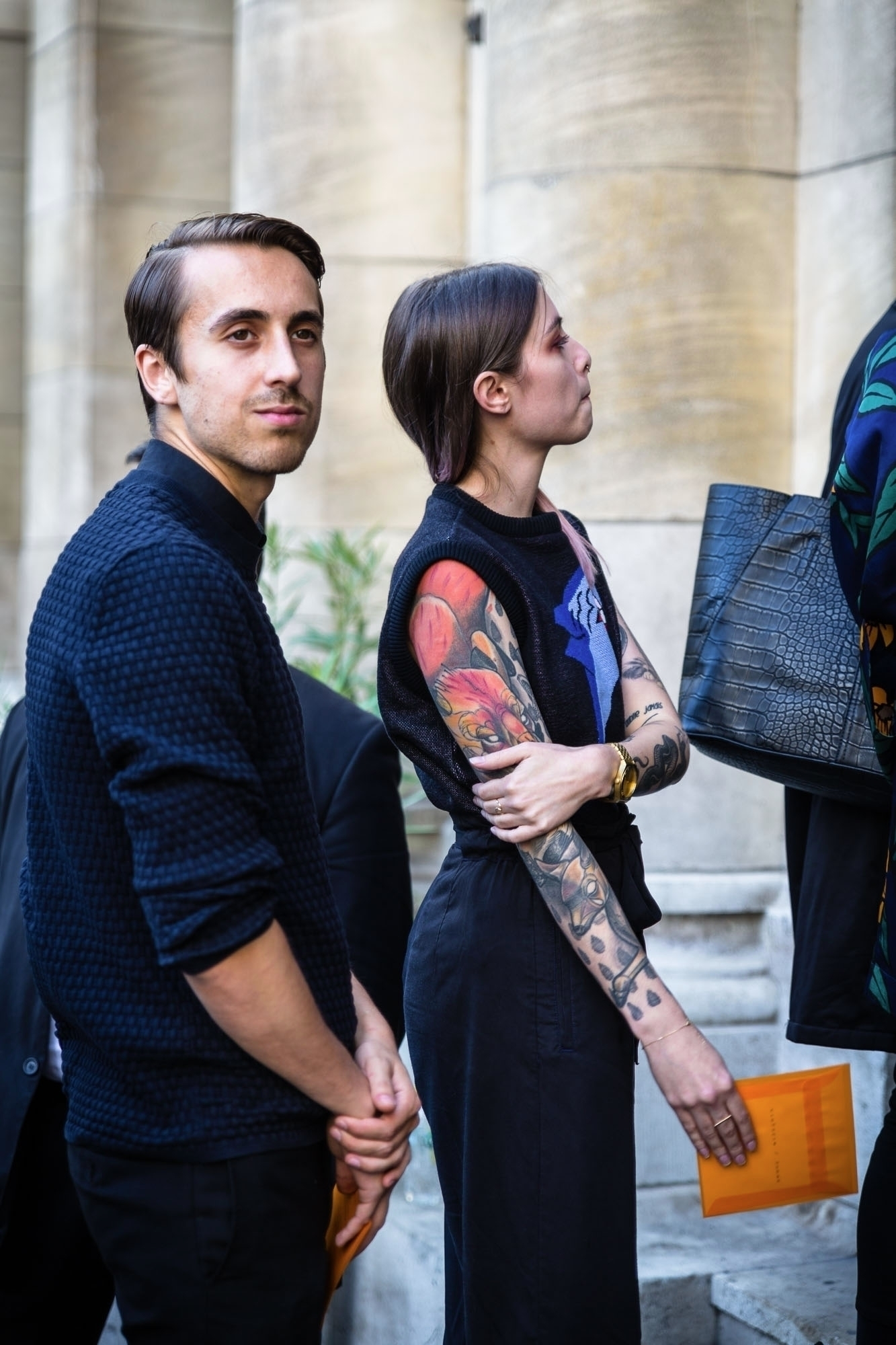PARIS FASHION WEEK - Day 01 BTS - spoonxello | ello