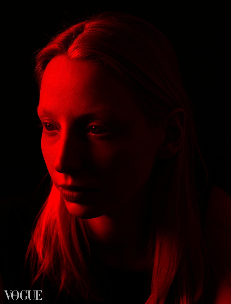 Kristin red light - vogue, photovogue - sh-i | ello