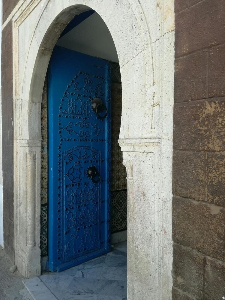 tunis, tunisia, doors - walbenz75 | ello
