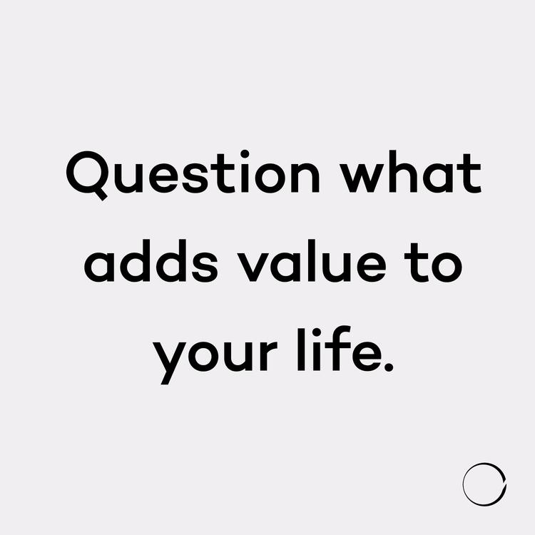 Question adds life. surprised f - minimalismlife | ello