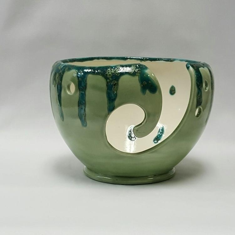 Large sized Yarn bowl - yarnbowl - hiddenlegacy   ello