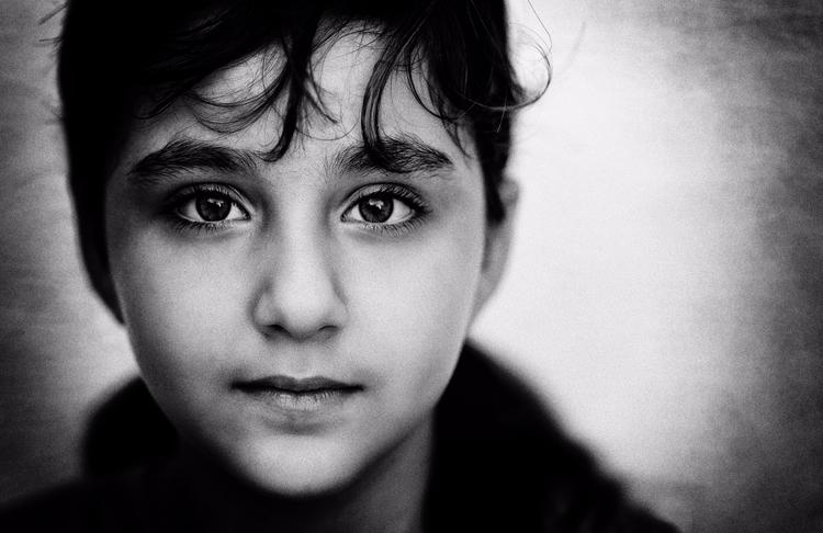 Shiraz - portrait, bw, photography - elhanans | ello