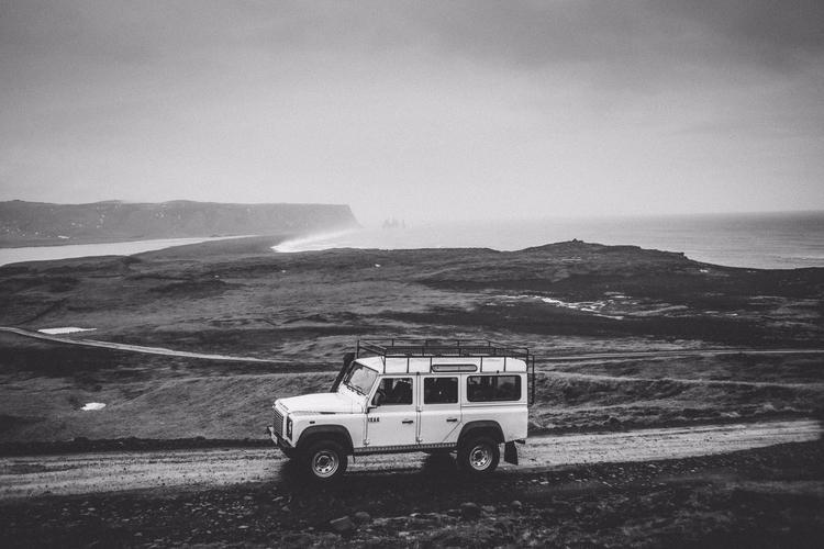 Reduced Design Land Rover - landrover - reduceddesign   ello