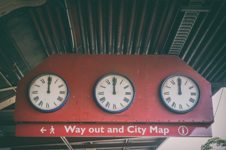 Clocks time relative Bit cross  - garylight | ello