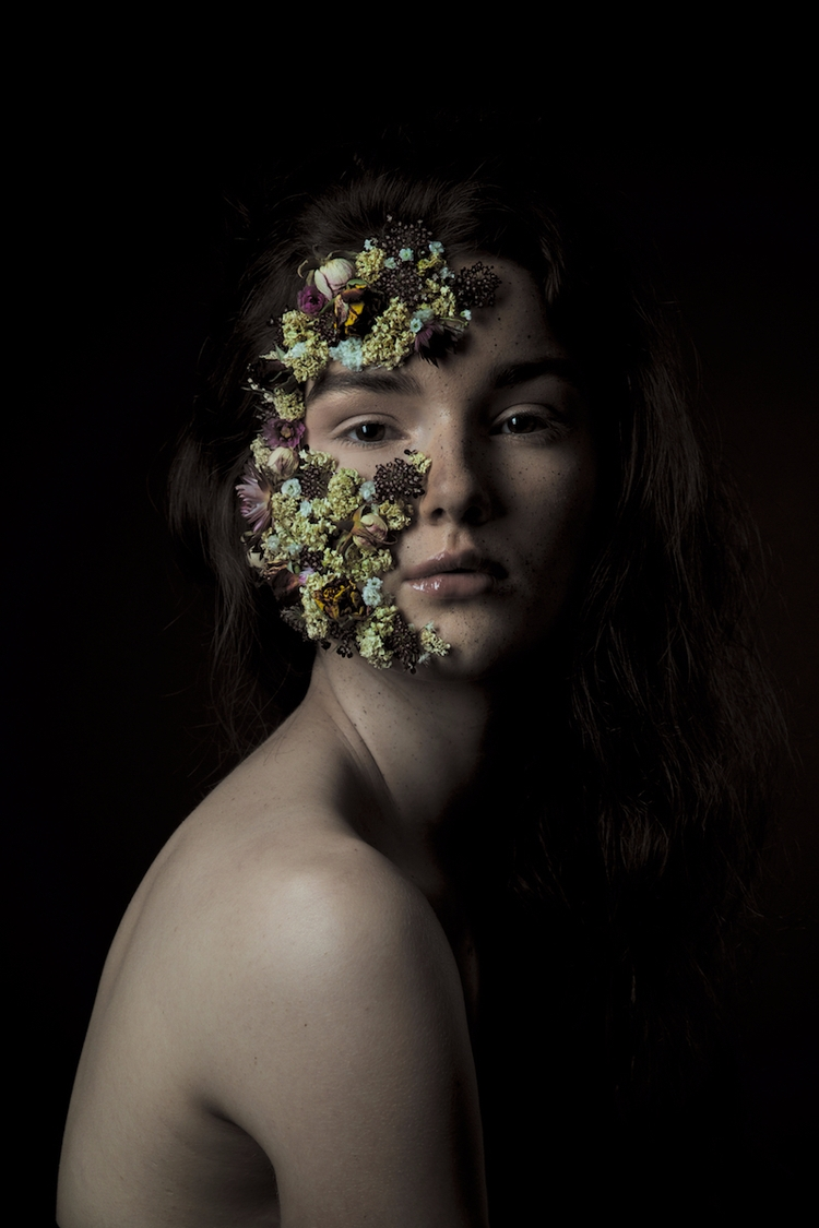Photographer:Tony Schuller Mak - darkbeautymag | ello