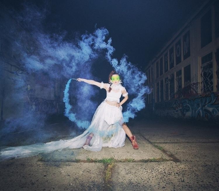 smokephotography, smoke, pose - algrolsch | ello