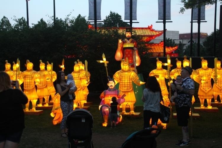 Life Tog Report: Chinese Lanter - hal-e | ello
