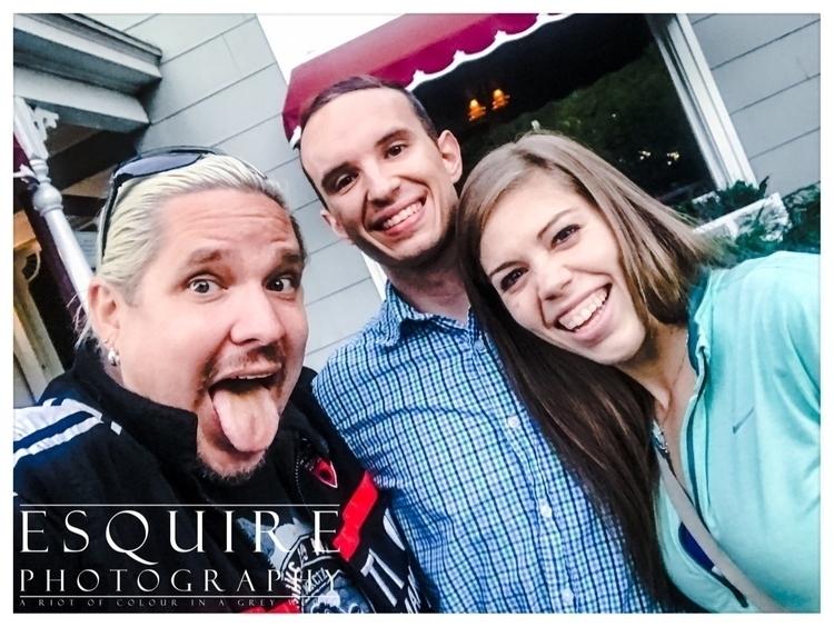 quick selfie meeting Jessica Ty - esquirephotography | ello