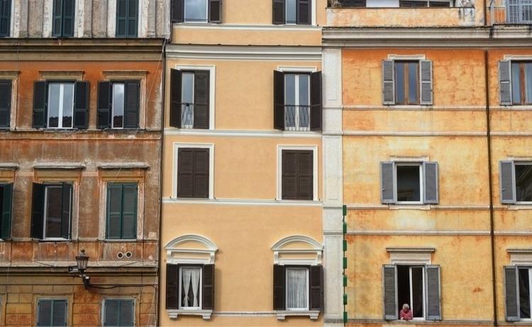 person alive - woman, city, rome - mishanich   ello