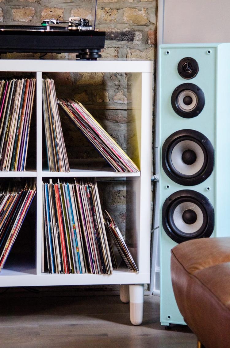 simple, stylish store records  - cuddlepill   ello