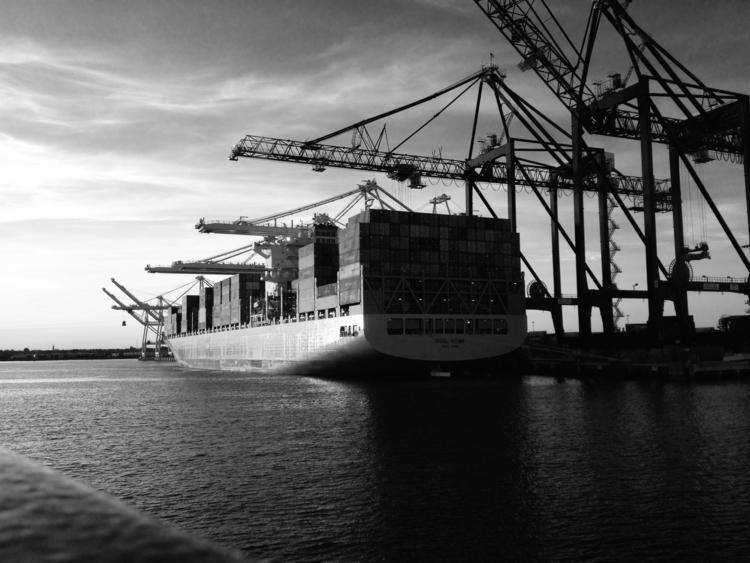 Bayonne - ships, freighter, dock - animator15 | ello