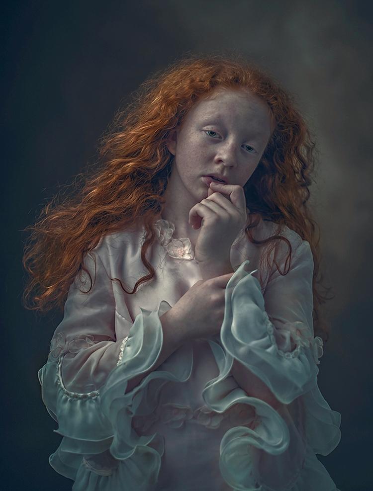 Photographer: Ewa Cwikla -Ewa  - darkbeautymag | ello