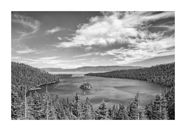 Esmerald Bay, Lake Tahoe, CA - guillermoalvarez | ello