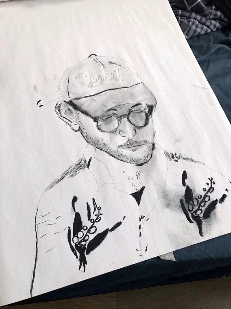 2017 - charcoal, pencil, portrait - rickalex | ello