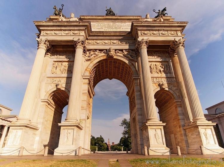 Milan (Italy): Arch Peace side  - milanofotografo | ello