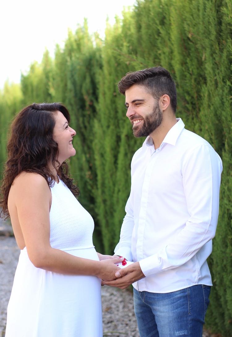 pareja, couple, alcoy, photography - marzoyagosto | ello