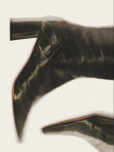 boots - martacaro | ello