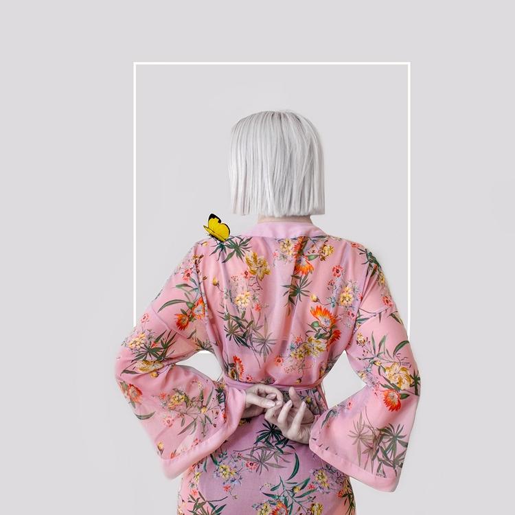 Photographer/Model:Valeria Cho - darkbeautymag | ello