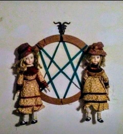 Sigil Sisters - girlonfire23 | ello