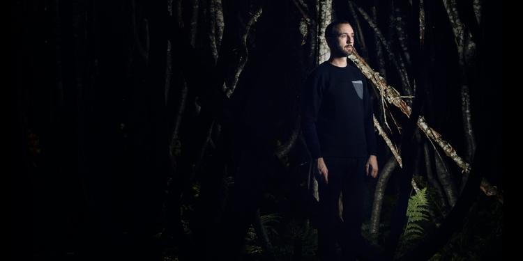 Dachshund returns Clapper Recor - evlear | ello