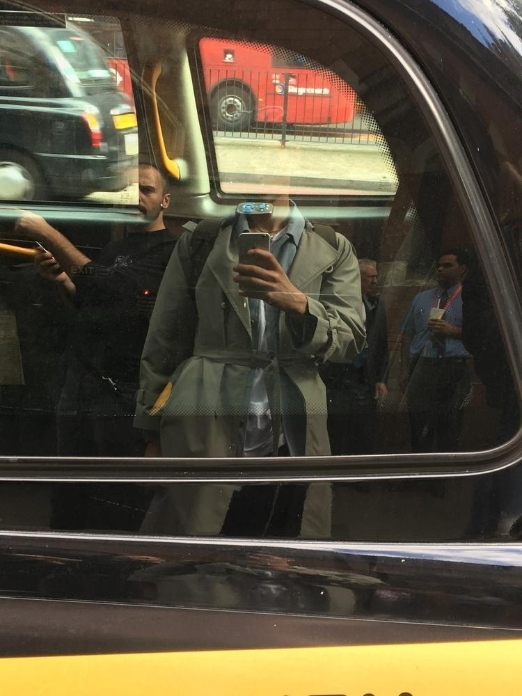 London Car Selfie - shamelesselfie - simonriepe | ello