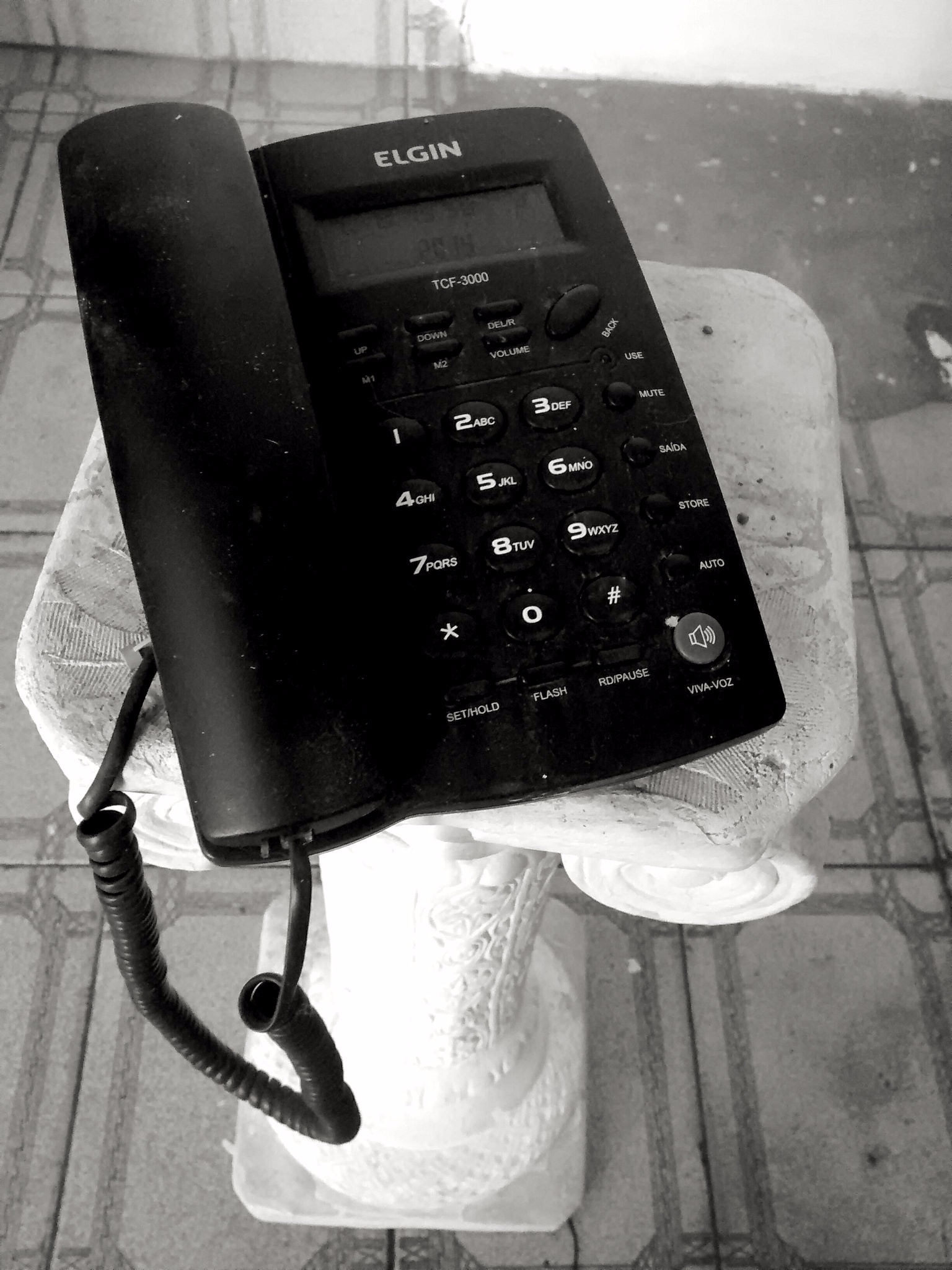 photography, BlackandWhite, telephone - kaycsilva_arts | ello