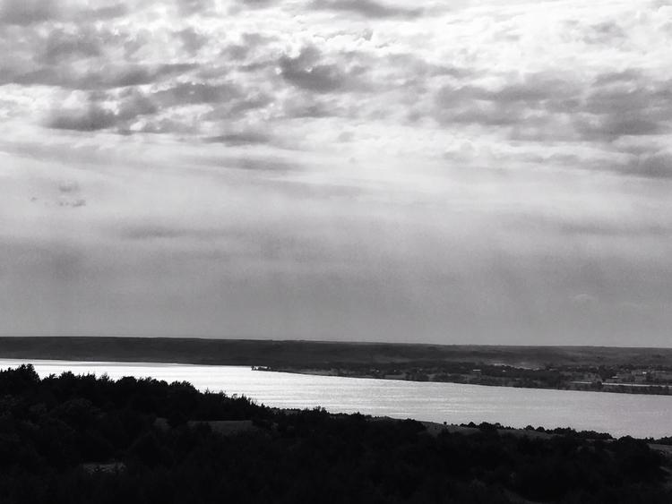 Missouri River - blackandwhitephotography - davidjdeal | ello