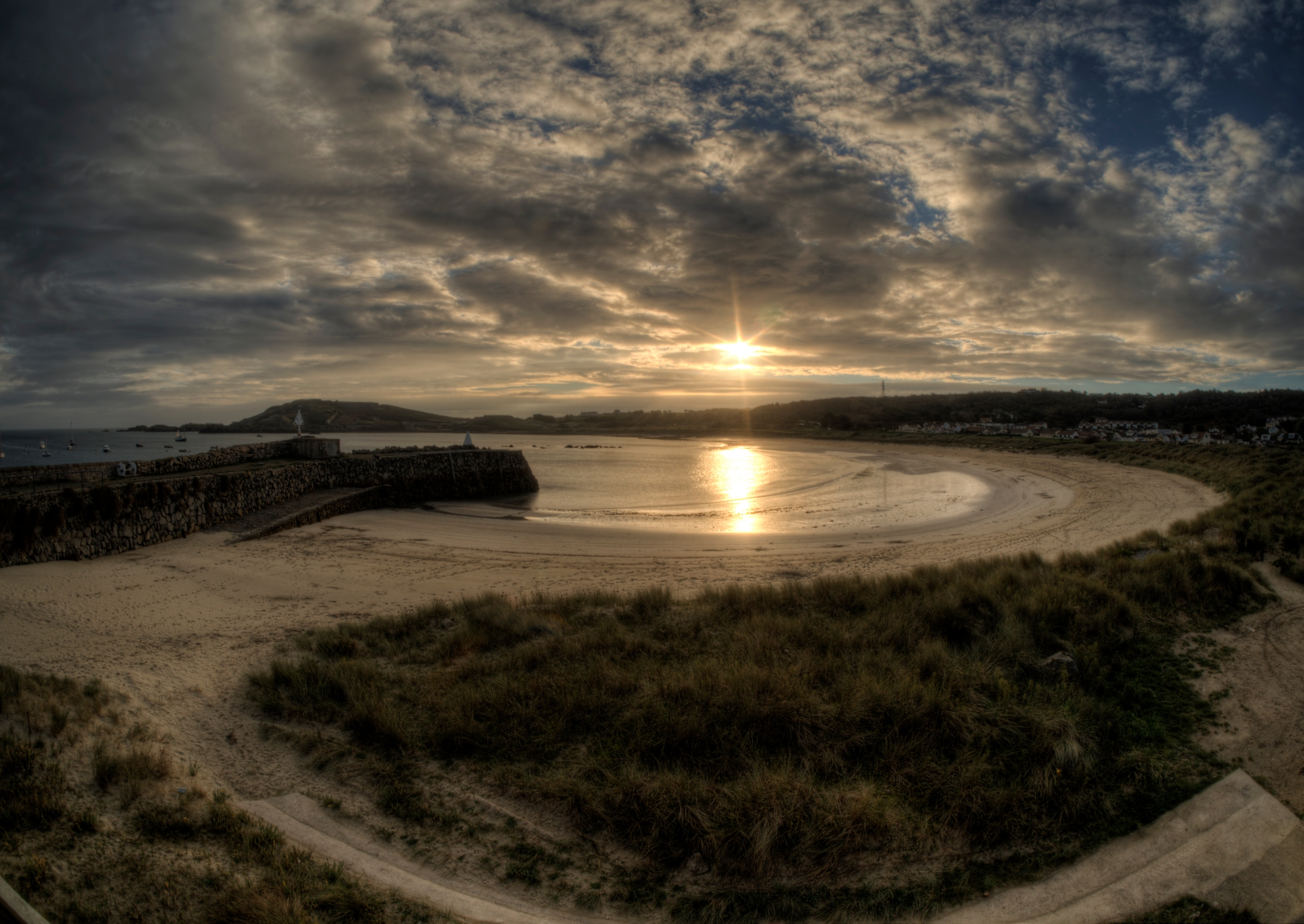 Braye Bay Dawn - Alderney Sun r - neilhoward | ello