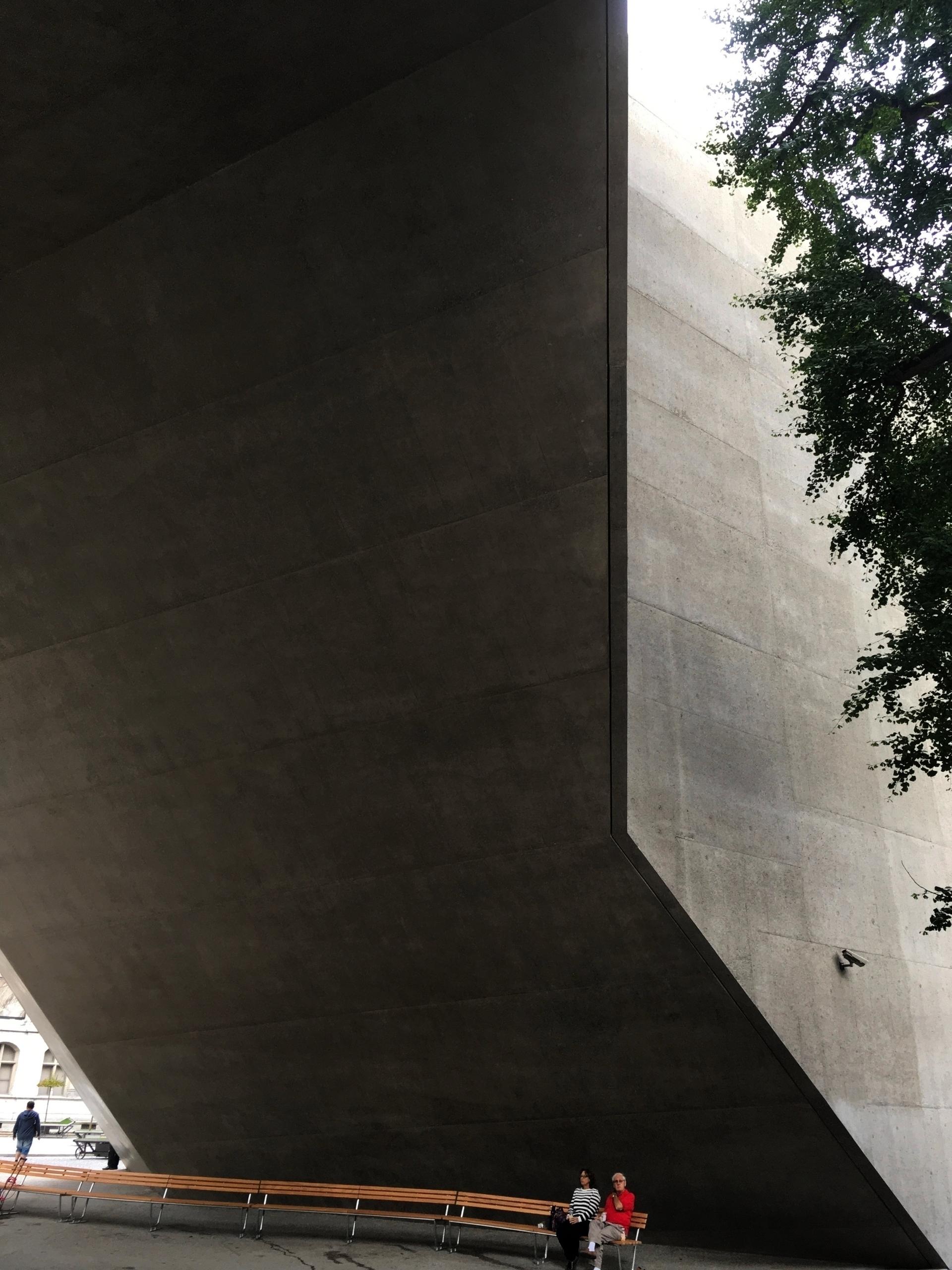 Architect/Building: Landesmuseu - fidalgo_lacrau | ello
