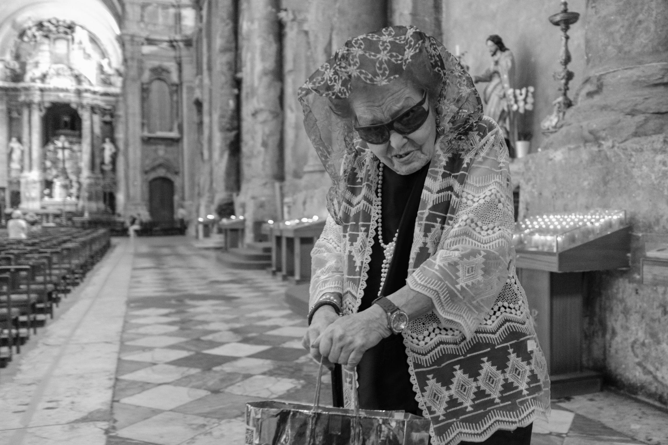 Church Lady Lisboa, Portugal - giseleduprez | ello