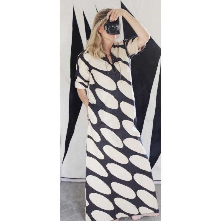 Maxi Dress vintage pattern Bian - entropyalwayswins | ello