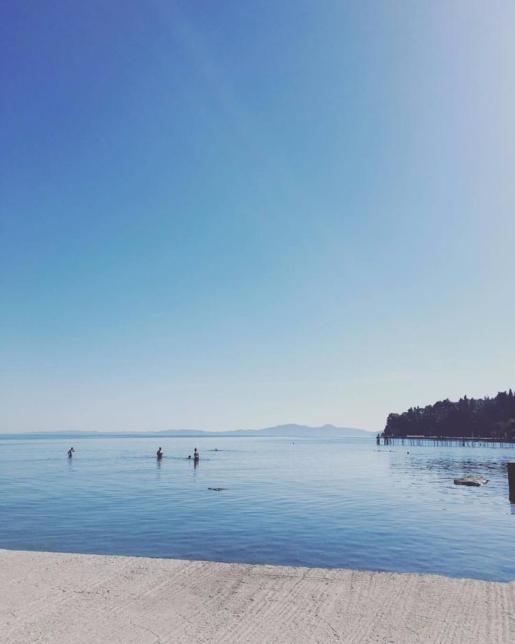 Sunny Sundays Corfu :heavy_hear - saltybag | ello