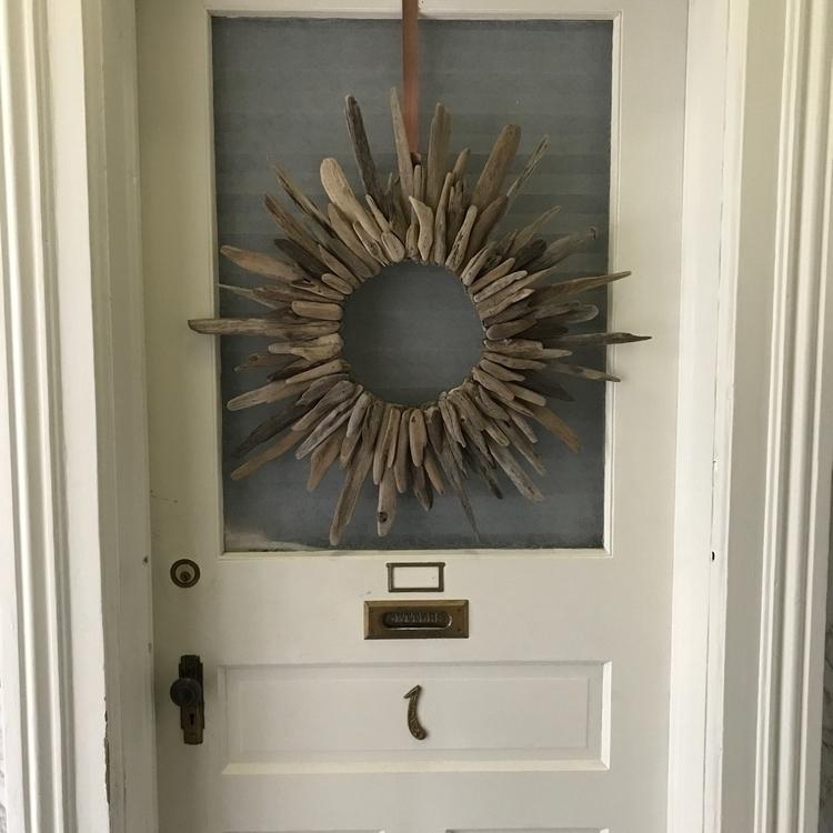Driftwood wreath - eydiexo | ello