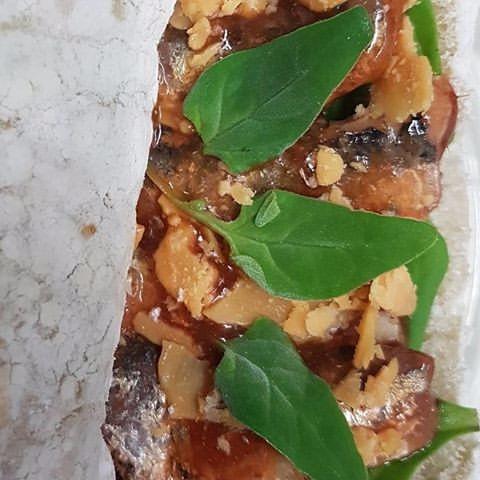 SoftTaco, Sardines, Tomato, Spinach - vicsimon   ello
