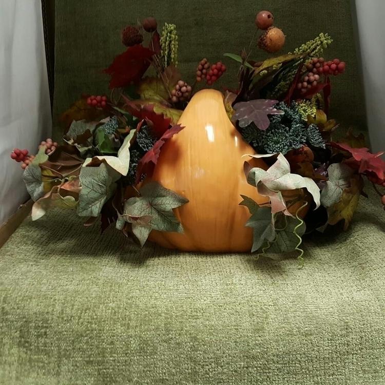 simple pumpkin basket fully dec - hiddenlegacy | ello