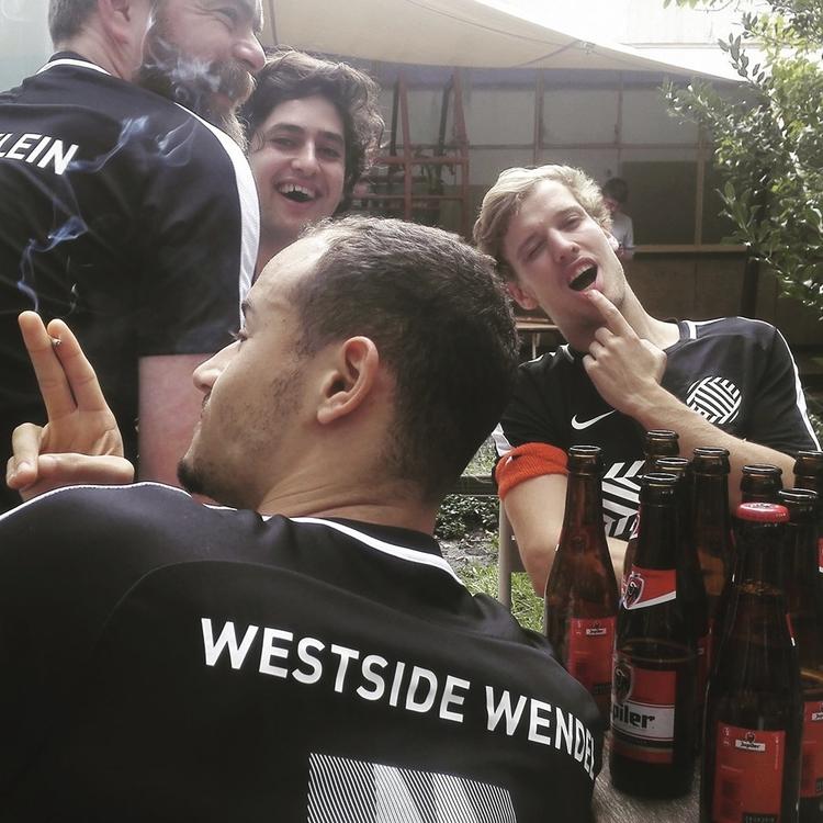 WESTSIDE, AMSTERDAM - wendelsield | ello