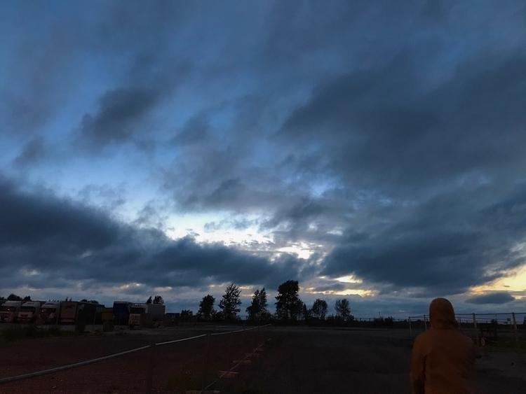 lenapolderman Post 20 Oct 2017 19:13:56 UTC | ello