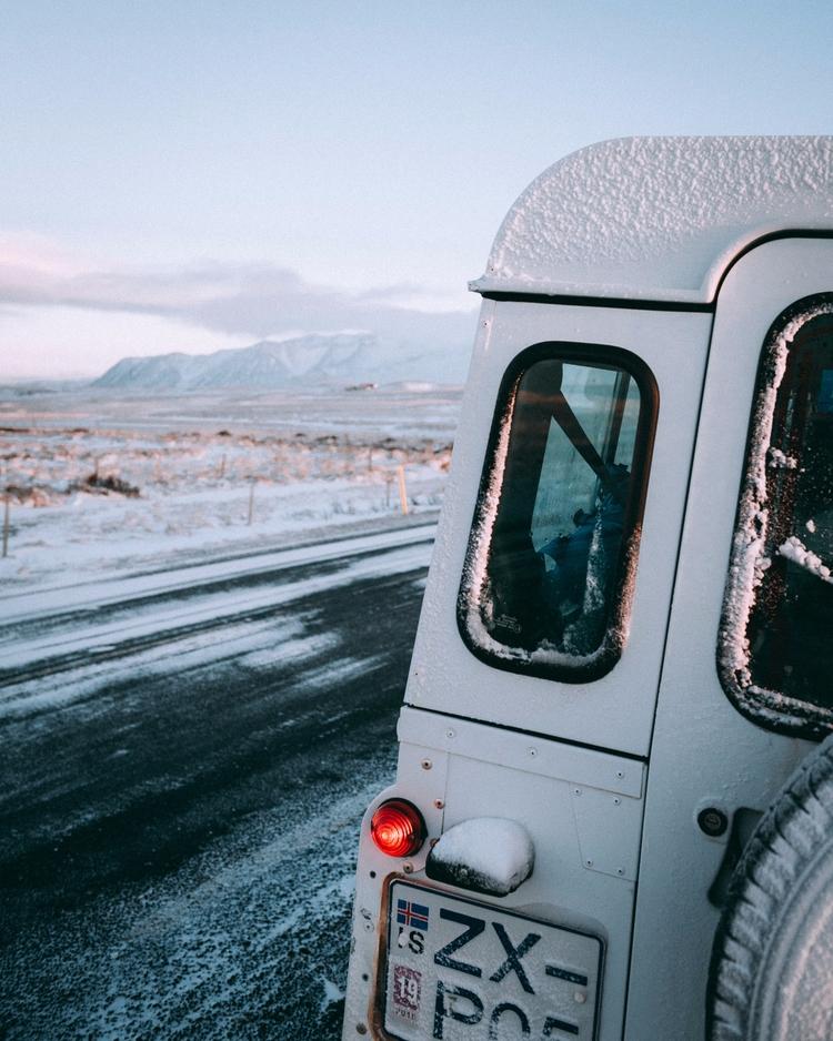 travel moments stopped thousand - lavisuals | ello