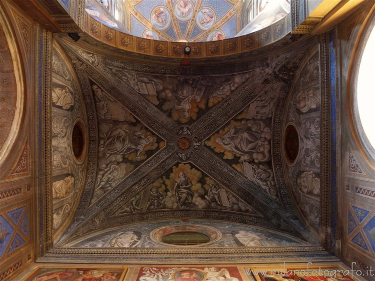 Biella (Italy): Ceiling left tr - milanofotografo | ello