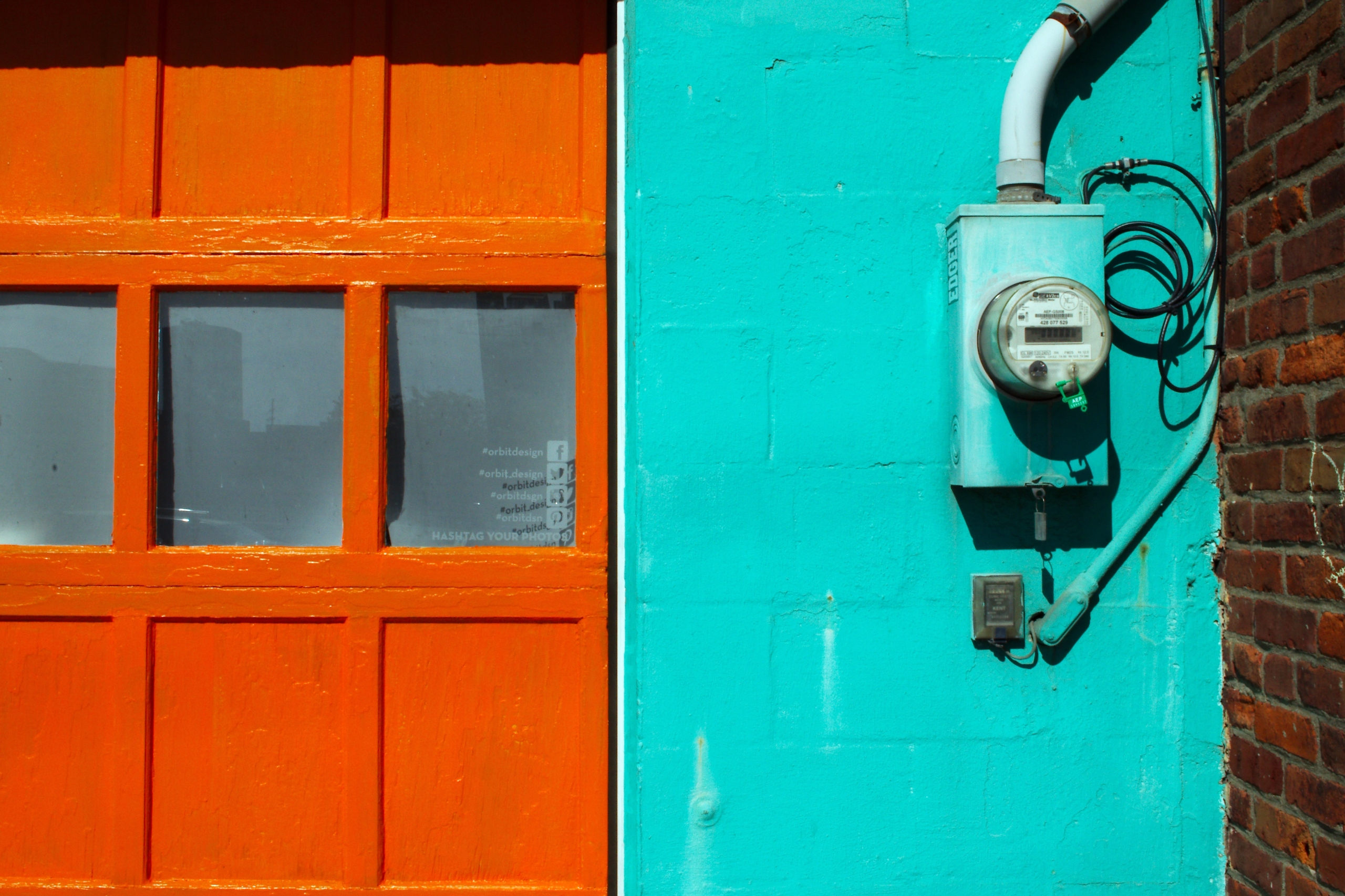 Orange Door - photography, architecture - chetkresiak | ello