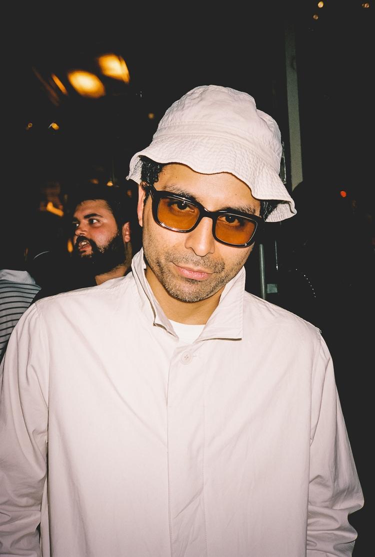 Angelo Baque - Photo Invite Vol - danbassini | ello