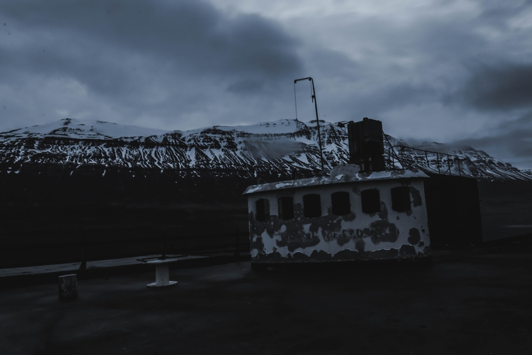 Abandoned - iceland, boat, photography - joanvillalon | ello