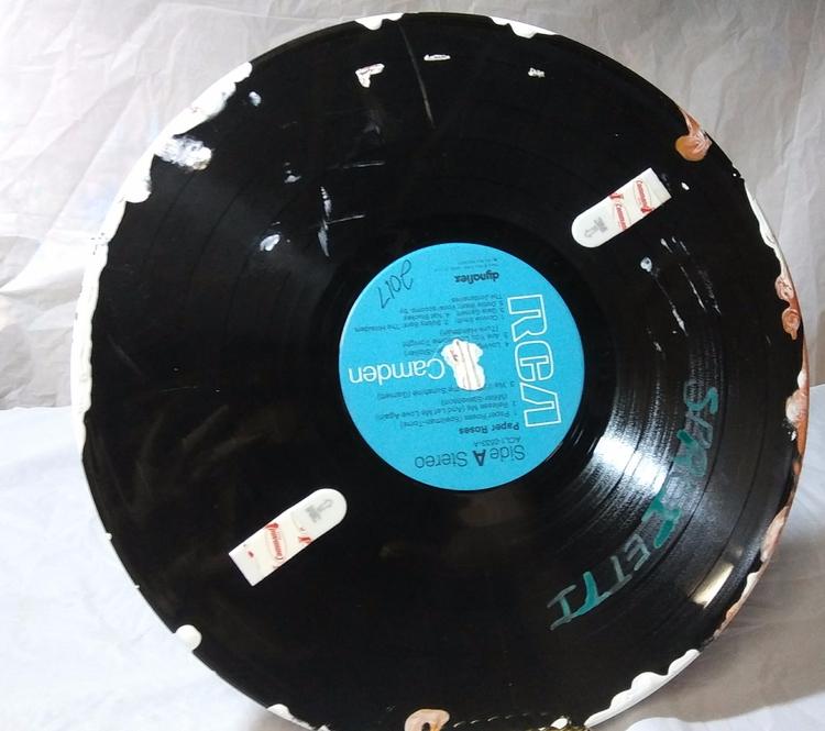 BROKEN vinyl records moment giv - sproiettiart | ello