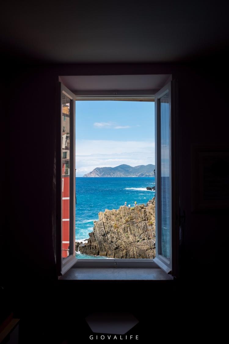 Window Cinque Terre Fujifilm X7 - giovalife | ello